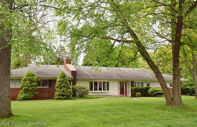 3917 Mount Vernon Drive, Bloomfield Twp, MI 48301 (#2200038076) :: RE/MAX Nexus