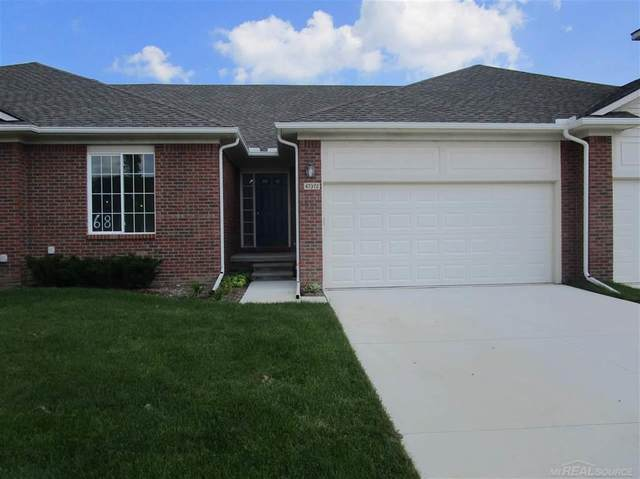 47372 Mariners, Chesterfield Twp, MI 48051 (#58050014073) :: Novak & Associates