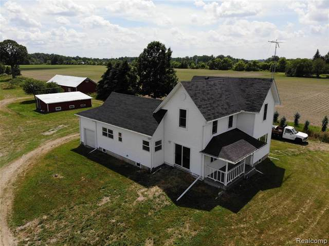 6385 Reid Road, Mundy Twp, MI 48473 (MLS #2200045885) :: The John Wentworth Group