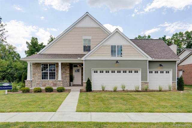 4305 Rolling Meadow Lane, Pittsfield Twp, MI 48197 (MLS #2200046244) :: The Toth Team