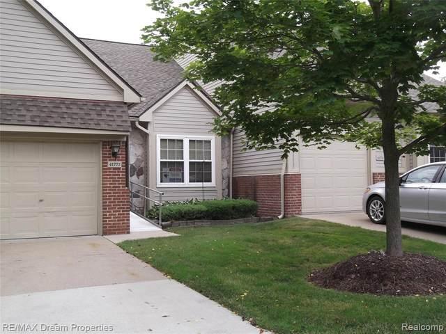 41772 Independence Drive, Novi, MI 48377 (#2200048585) :: GK Real Estate Team