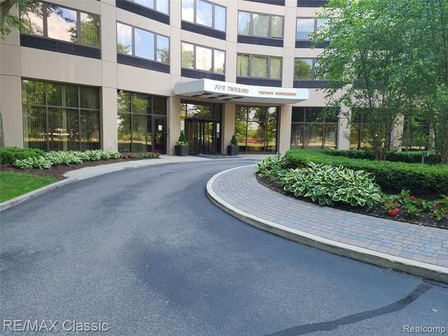 5000 Town Ctr Ste 3003, Southfield, MI 48075 (MLS #2200050079) :: The Toth Team