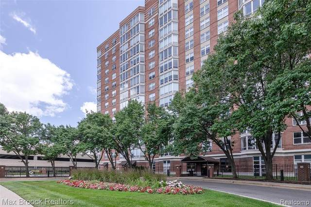 250 E Harbortown Drive #302, Detroit, MI 48207 (#2200051970) :: Novak & Associates