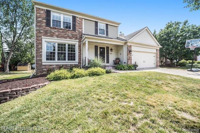 535 Thornridge Drive, Rochester Hills, MI 48307 (#2200053038) :: RE/MAX Nexus