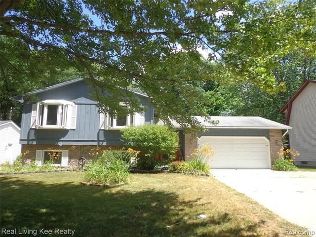 3604 Old Farm Lane, Fort Gratiot Twp, MI 48059 (#2200053951) :: GK Real Estate Team