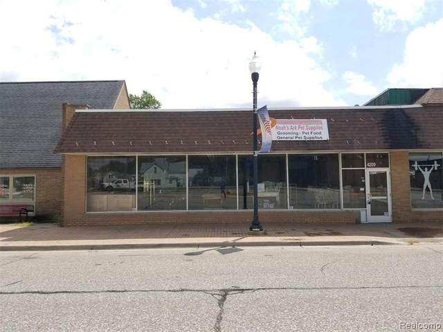 4209 Main, Brown City, MI 48416 (#2200055810) :: Novak & Associates