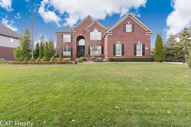 3254 Royal Berkshire Lane, Oakland Twp, MI 48363 (#2200056882) :: The Alex Nugent Team | Real Estate One