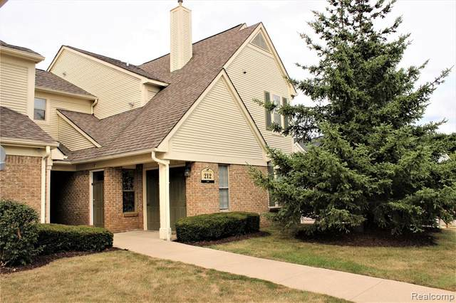 212 Oakbrooke Dr Unit 9, South Lyon, MI 48178 (#2200058600) :: The BK Agency