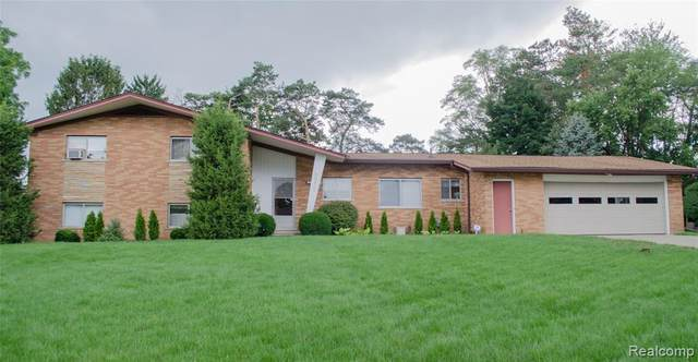 53401 Eastbourne Drive, Shelby Twp, MI 48316 (#2200061397) :: The Alex Nugent Team | Real Estate One