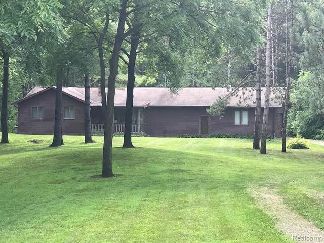 10481 Rolston Road, Argentine Twp, MI 48418 (MLS #2200062075) :: The John Wentworth Group