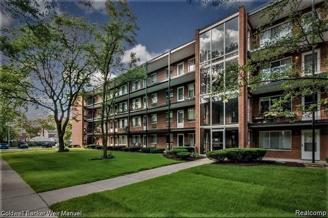 2925 W 13 MILE, UNIT #202, Royal Oak, MI 48073 (#2200063594) :: Novak & Associates