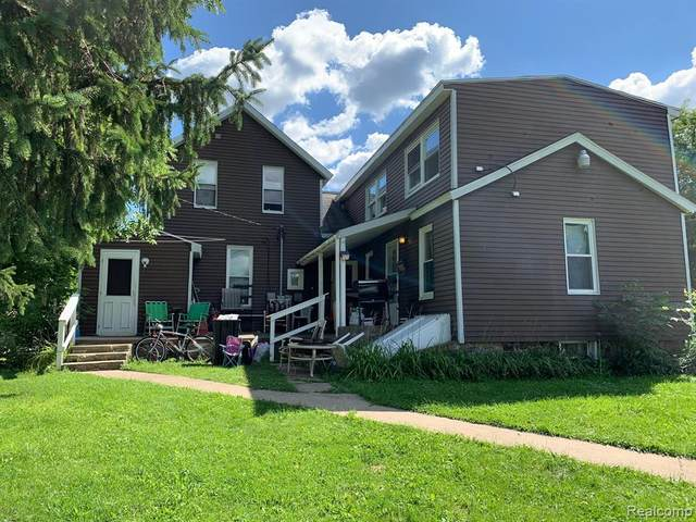 1136 Michigan St # &1126, Lapeer, MI 48446 (#2200064186) :: Robert E Smith Realty