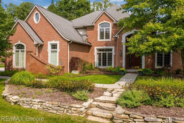 5162 Springdale Court, Independence Twp, MI 48348 (#2200068696) :: The Mulvihill Group