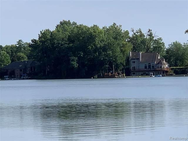 0000 Steephollow Drive, White Lake Twp, MI 48386 (#2200069425) :: BestMichiganHouses.com