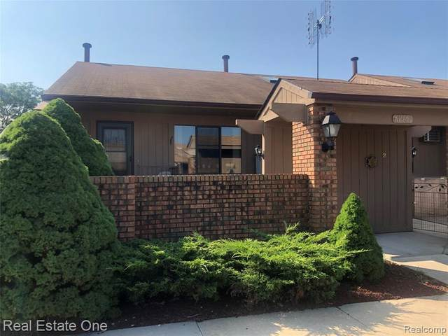 61961 Yorktown Drive #1, South Lyon, MI 48178 (#2200070695) :: Novak & Associates