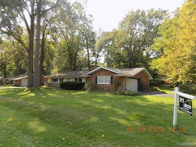 3183 Weathervane Drive, Troy, MI 48084 (#2200070993) :: Duneske Real Estate Advisors