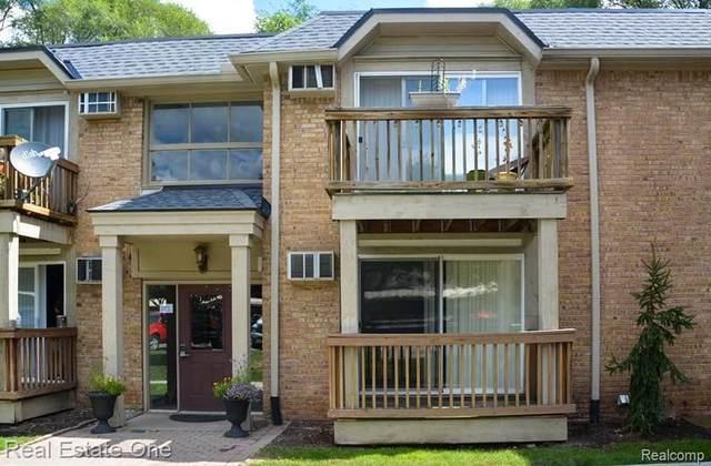 417 Parkdale Ave Unit 6, Rochester, MI 48307 (#2200071711) :: Novak & Associates