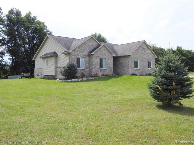 6060 Intrinsic Lane, Imlay Twp, MI 48444 (#2200073507) :: Novak & Associates