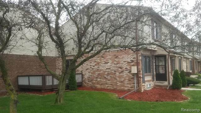 17064 Kingsbrooke Drive, Clinton Twp, MI 48038 (#2200073895) :: Alan Brown Group
