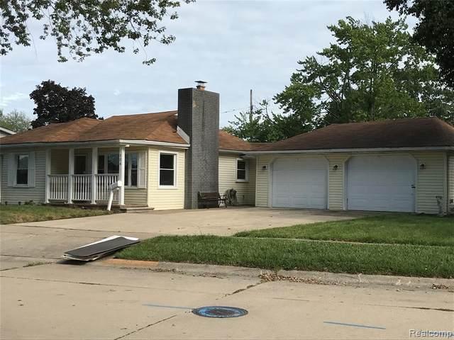 104 Potter Drive, Belleville, MI 48111 (#2200074188) :: Novak & Associates