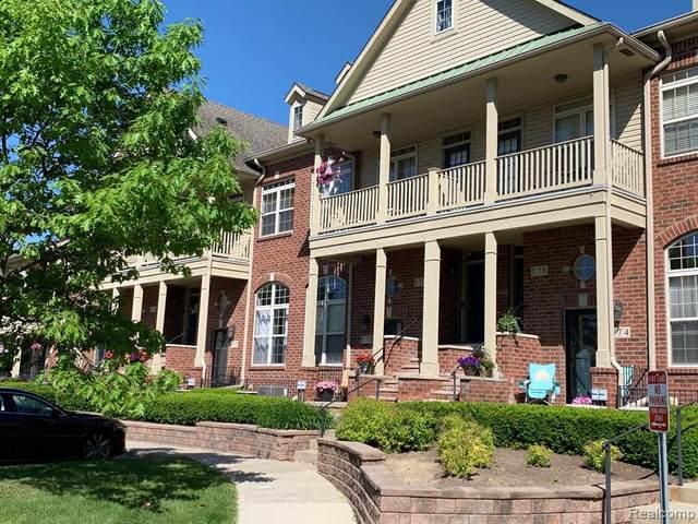 172 Club House Circle, Walled Lake, MI 48390 (#2200076779) :: RE/MAX Nexus