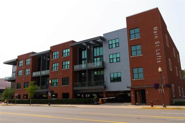 111 N Main St Unit 303, Royal Oak, MI 48067 (MLS #2200077403) :: The John Wentworth Group