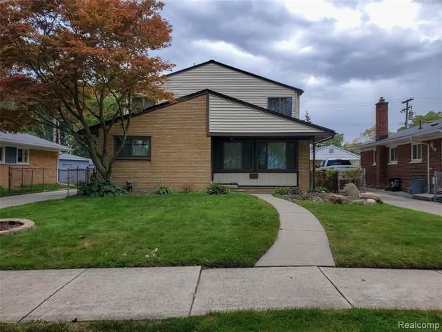 22301 Winshall Street, Saint Clair Shores, MI 48081 (#2200077833) :: BestMichiganHouses.com