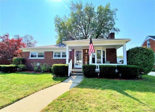 21900 Blackburn Street, Saint Clair Shores, MI 48080 (#2200079546) :: GK Real Estate Team