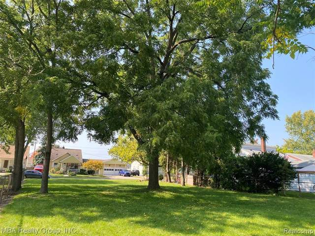 14311 Kennebec Street, Southgate, MI 48195 (#2200079551) :: Real Estate For A CAUSE