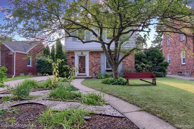 1373 Cadieux Road, Grosse Pointe Park, MI 48230 (MLS #2200080245) :: The John Wentworth Group