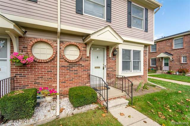 19967 Great Oaks Circle South, Clinton Twp, MI 48036 (#2200080674) :: BestMichiganHouses.com