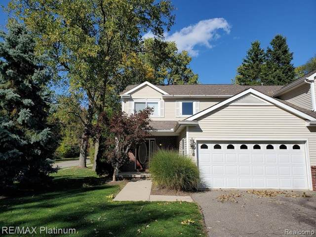 551 Indian Oaks Drive, Howell, MI 48843 (#2200081151) :: Novak & Associates