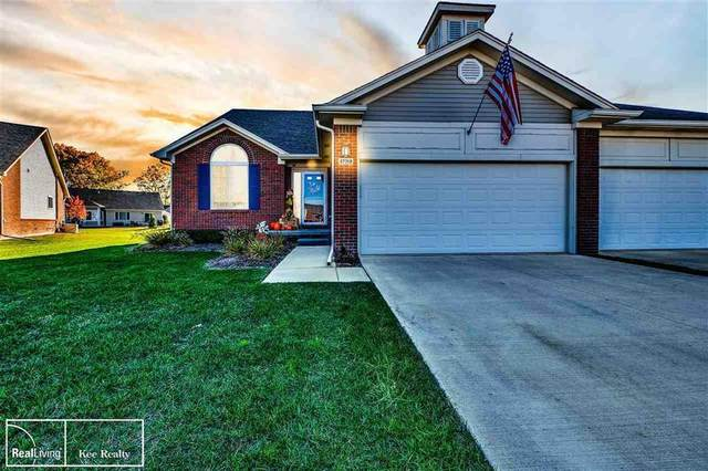 47318 Joanne Smith, Chesterfield Twp, MI 48051 (MLS #58050026197) :: The John Wentworth Group