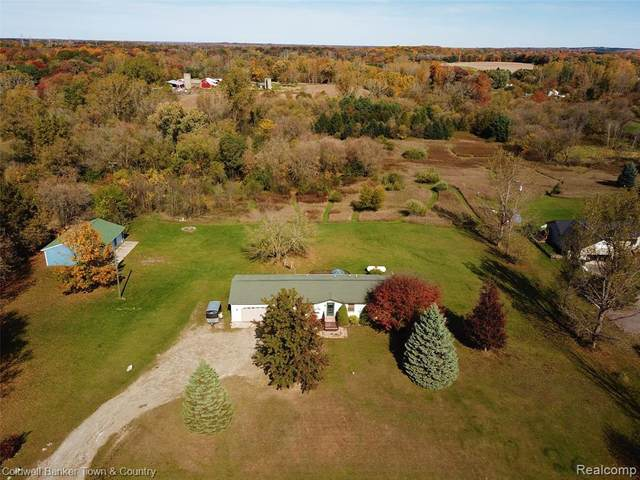 3880 Brent Drive, Howell, MI 48843 (#2200086124) :: The Mulvihill Group