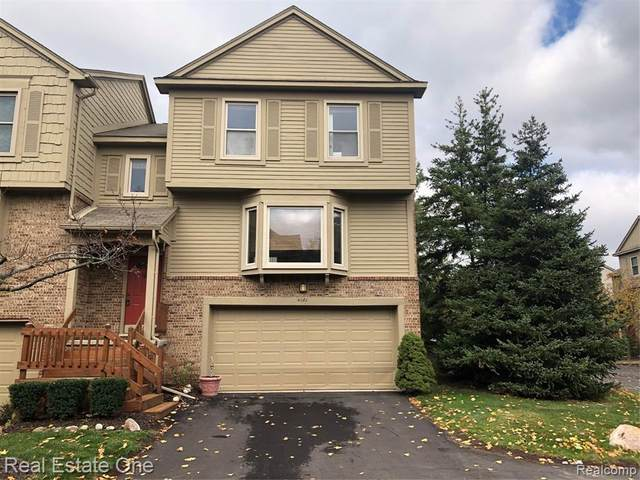 4181 Breckenridge Drive, West Bloomfield Twp, MI 48322 (#2200086501) :: Robert E Smith Realty