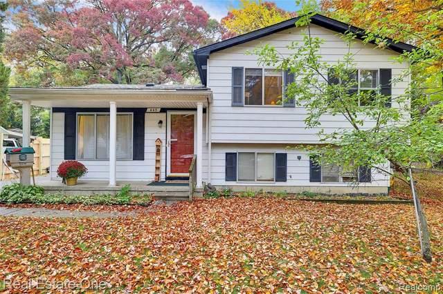 445 Parkdale Avenue, Royal Oak, MI 48073 (#2200087668) :: Alan Brown Group