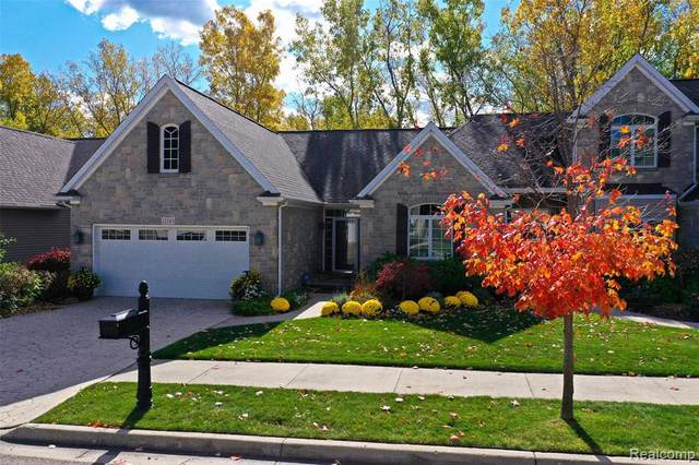 12245 Worthington Court, Grand Blanc, MI 48439 (MLS #2200088871) :: The John Wentworth Group