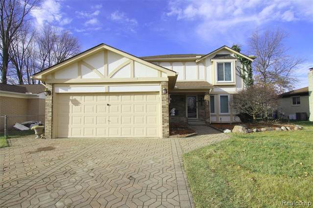 38625 Mount Kisco Drive, Sterling Heights, MI 48310 (#2200090077) :: The Mulvihill Group
