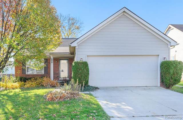 806 Wilberforce Drive S, Flint, MI 48503 (#2200090596) :: Real Estate For A CAUSE