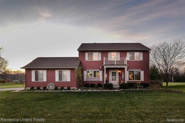 2664 Magnolia Garden Drive, Howell, MI 48843 (MLS #2200092690) :: The John Wentworth Group