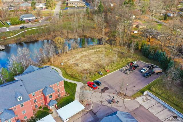 VL Trillium Village (Building 7) Lane, Independence Twp, MI 48346 (#2200092852) :: BestMichiganHouses.com