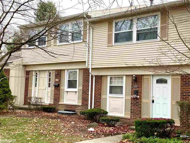 1551 Brentwood Dr, Troy, MI 48098 (#58050029081) :: The Mulvihill Group