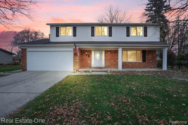 3139 Bloomcrest Drive, Shelby Twp, MI 48316 (#2200095767) :: The Alex Nugent Team | Real Estate One