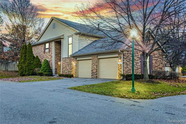 37252 Brentwood Circle, Farmington Hills, MI 48331 (#2200097001) :: The Alex Nugent Team | Real Estate One