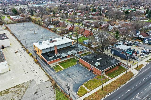 8230 E 8 MILE Road, Detroit, MI 48234 (#2200097105) :: NextHome Showcase