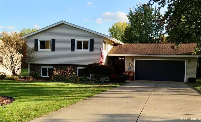 1273 Grace Avenue, Rochester Hills, MI 48309 (#2200097534) :: The Alex Nugent Team | Real Estate One