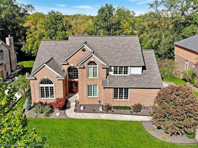 21403 Chase Drive, Novi, MI 48375 (#2200100982) :: Duneske Real Estate Advisors