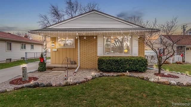 8982 Fremont Street, Livonia, MI 48150 (#2210002071) :: Novak & Associates
