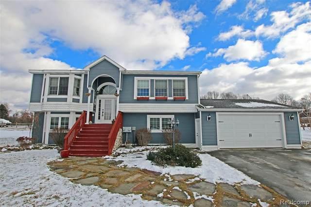 1220 Legault Boulevard, Brandon Twp, MI 48462 (#2210004270) :: The Alex Nugent Team | Real Estate One