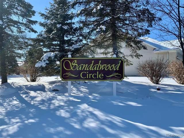 5146 Sandalwood Circle, Grand Blanc, MI 48439 (#2210005668) :: BestMichiganHouses.com